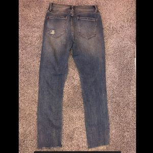 Urban Outfitters Pants - UrBan Outfitters crop high rise jeans
